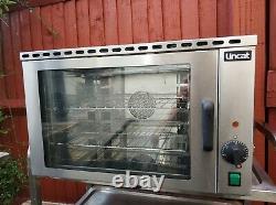 Commercial electric Lincat convection oven, baguettes, cakes, cookie dough